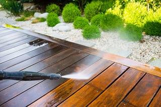 pressure washing wood deck