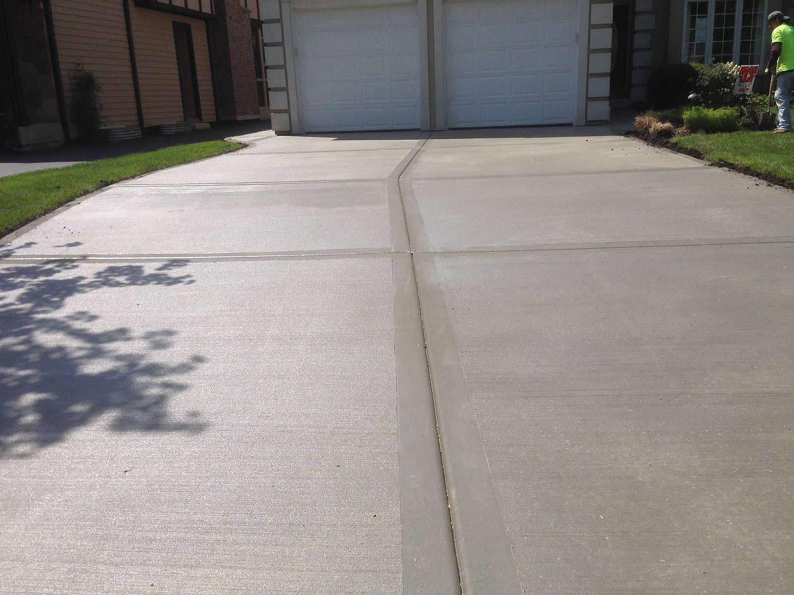 Concrete Driveway in Hutto