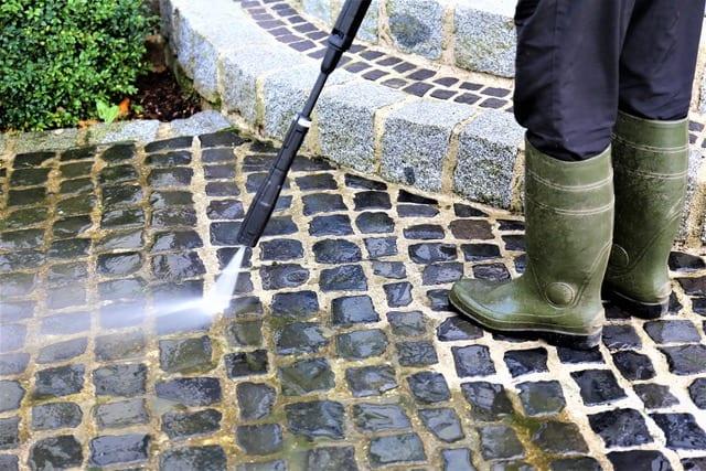 pressure washing cobblestone