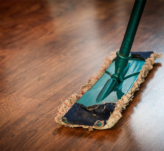 hardwood floors cleaning specialists
